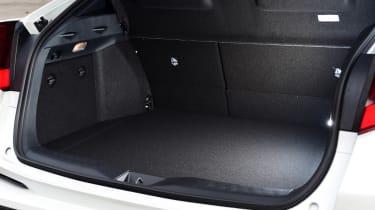 Toyota C-HR - boot