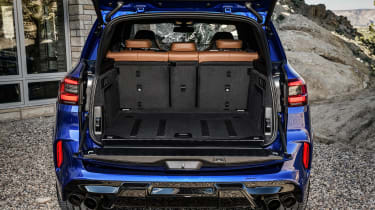 BMW X5 Competition - boot