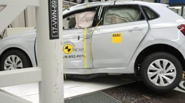 VW Polo - Pole crash test - after crash