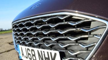 Ford Focus Vignale Estate - grille
