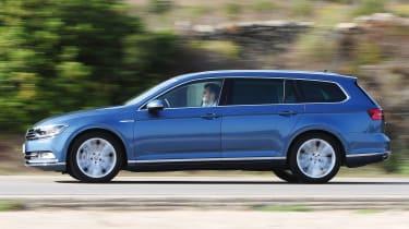 Volkswagen Passat Estate panning