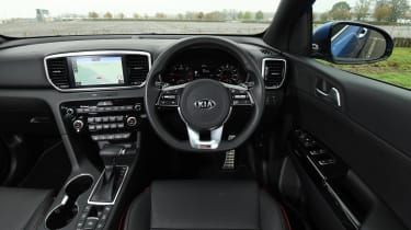 kia sportage 48v hybrid interior