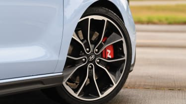 Hyundai i30 N - wheel