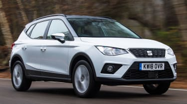 seat arona tracking front