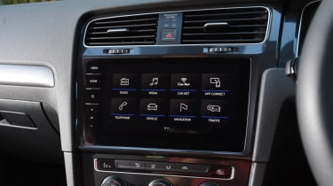 Volkswagen e-Golf infotainment screen