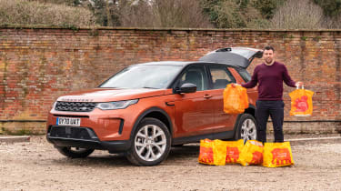 Land Rover Discovery Sport - shopping
