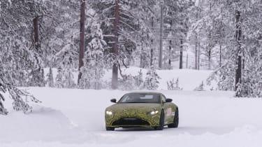 Aston Martin Vantage prototype - front panning