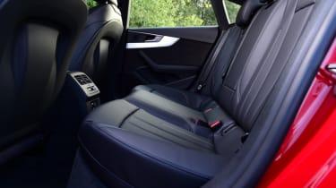 Twin test - Audi A5 - rear bench