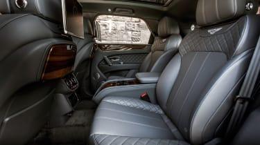 Bentley Bentayga Diesel - Ice white 2017 rear seats