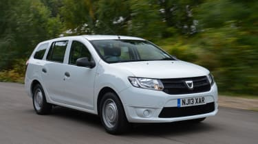 Dacia Logan MCV front tracking