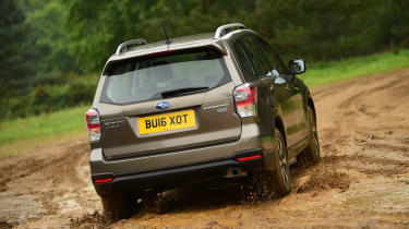 Subaru Forester - rear off-road