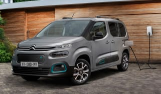 Citroen e-Berlingo - charging
