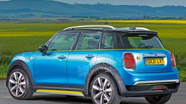 MINI baby SUV - rear (watermarked)