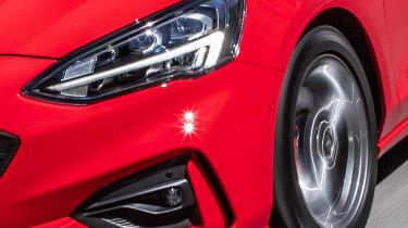Ford Focus ST-Line Estate - headlight