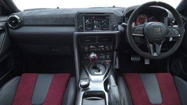 Nissan GT-R NISMO - interior