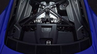 Audi R8 RWS - engine