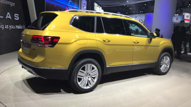 Volkswagen Atlas - LA Motor Show side/rear