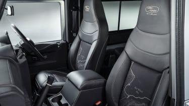 Land Rover Defender no 2 million - seats