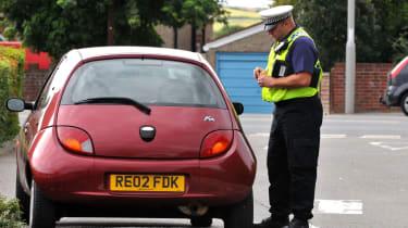 Police pulling over Ford Ka