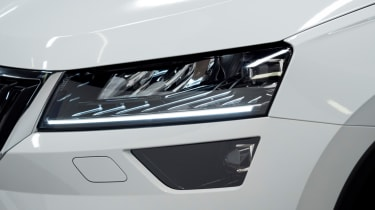 Skoda Karoq live tour headlights