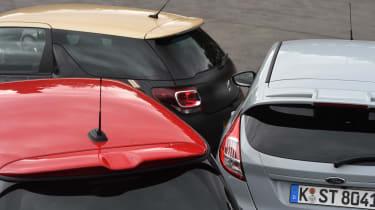 DS 3 Performance vs Ford Fiesta ST200 vs MINI JCW Sport - roof comparison