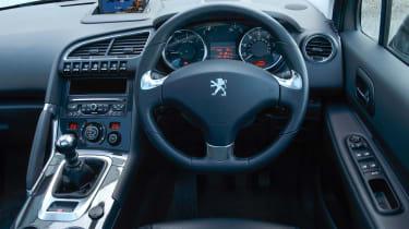 Used Peugeot 3008 - dash