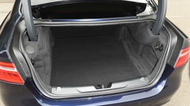 Jaguar XE 200PS - boot