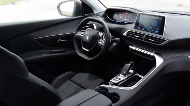 Peugeot 3008 brown - interior 2