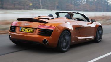 Audi R8 Spyder rear tracking
