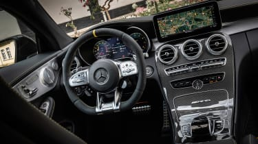Mercedes-AMG C 63 S Coupe - dash