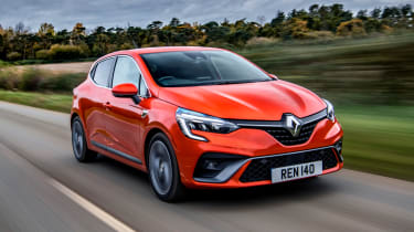 Renault Clio - front driving
