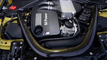 BMW M4 - engine