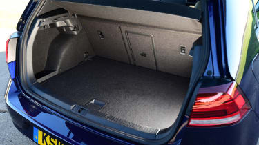 vw golf mk7 boot space