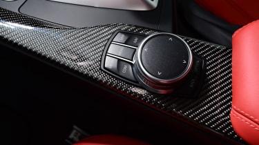 BMW M4 - controls