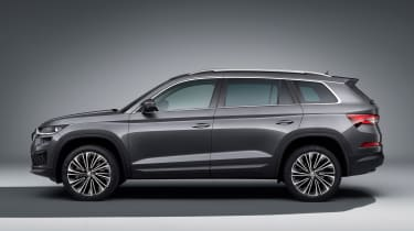 Skoda Kodiaq facelift - side studio