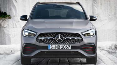 Mercedes GLA - full front