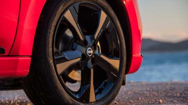 Nissan Micra 2017 petrol - wheel