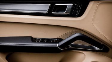 Porsche Cayenne Turbo - door detail