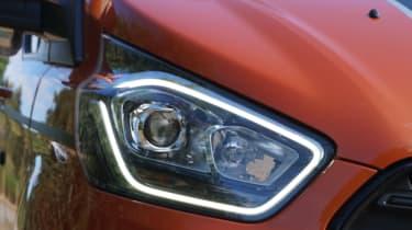 Ford Transit Custom - headlight