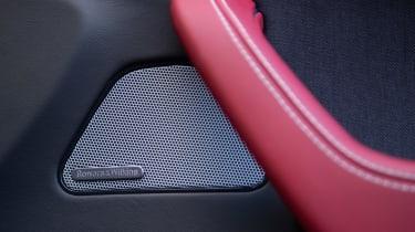 Maserati Levante GranLusso - speaker