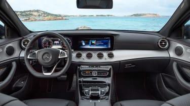 Mercedes E 43 4MATIC Estate - dash