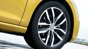 Volkswagen Golf - wheel