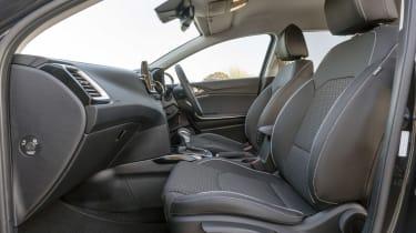 Kia Ceed Sportswgaon - front seats