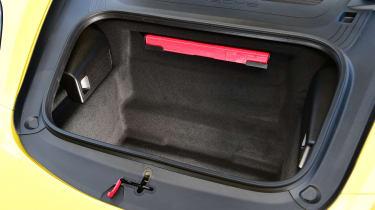 Porsche Boxster T - boot