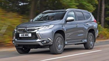 Mitsubishi Shogun Sport front