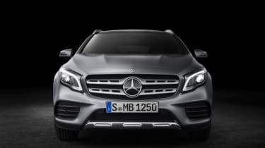 Mercedes GLA 2017 - silver front