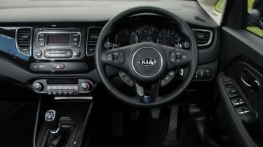 Used Kia Carens - dash