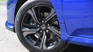 Honda Civic 1.5 - wheel detail