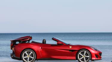 Ferrari Portofino - roof closing