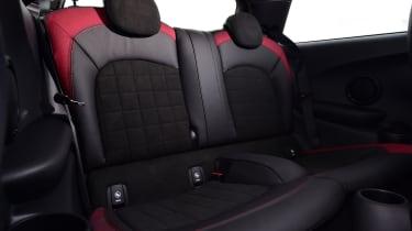 MINI 1499 GT - back seats